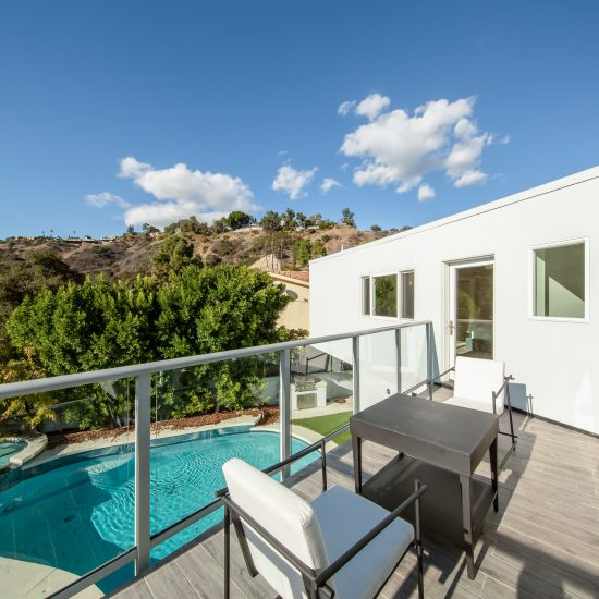 Devista, Hollywood Hills
